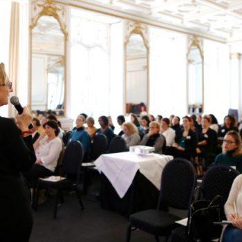 faire-une-conference-edith-lassiat